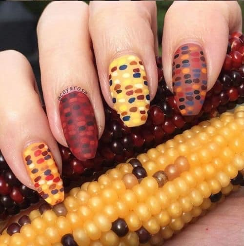 unique thanksgiving nail ideas