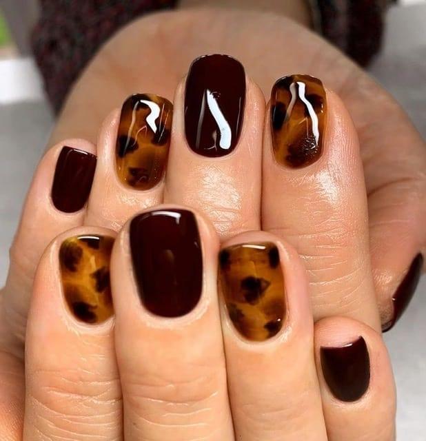 tortoise nail idea for thanksgiving