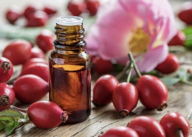 How to get rid of acne scars with rosehip oil