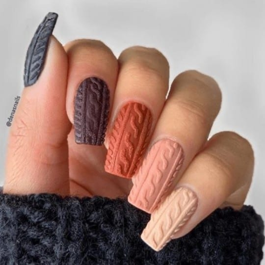 40 Hottest Ideas for Fall Nails you have to try this year