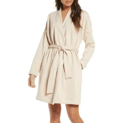 gifts for best friends - cozy robe